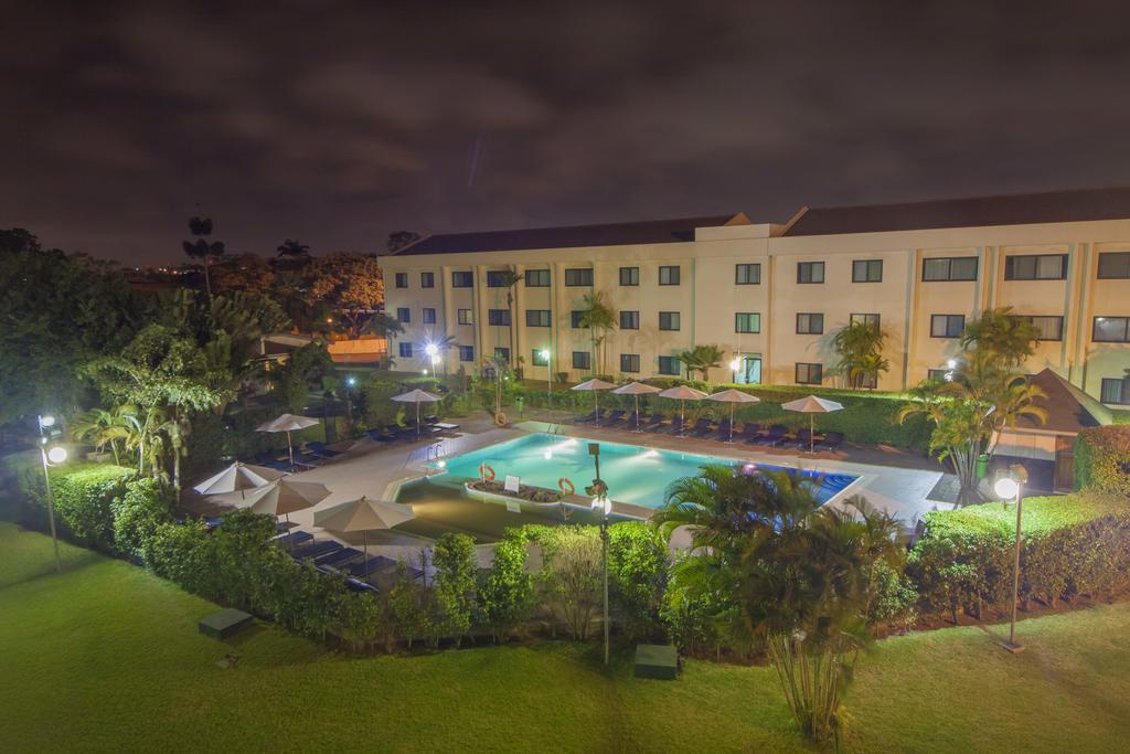 Ghlisting Hotels in Ghana, Events in Ghana |   75428896