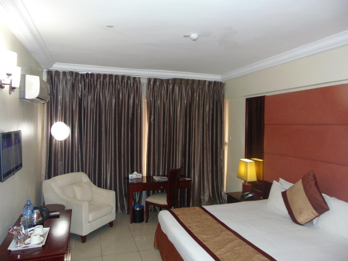 Ghlisting Hotels in Ghana, Events in Ghana |   DSC00676