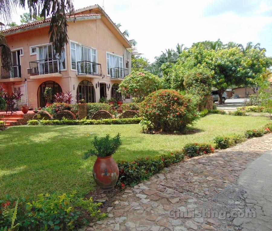 Afrikiko River Front Resort Akosombo