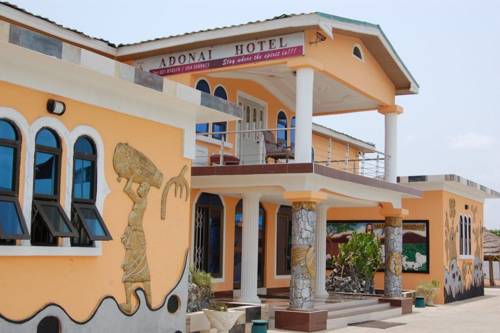 Adonai Hotel Tema